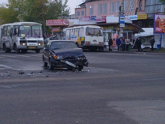 Авария Обводный Урицкого Архангельск