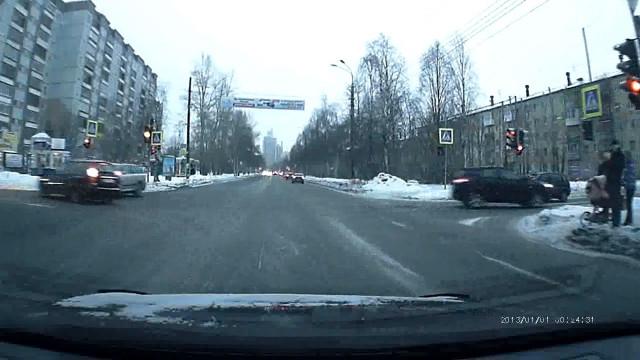 ДТП Авария Архангельск Обводный Гайдара в бок