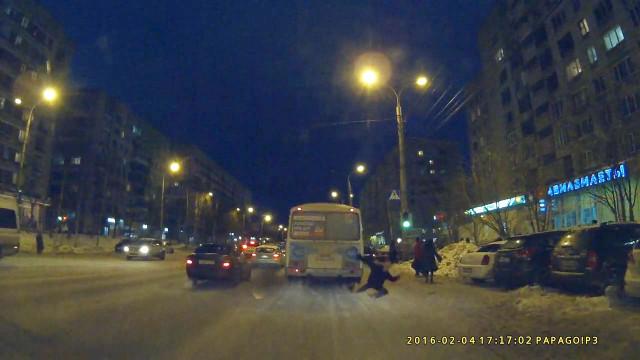 ДТП Архангельск ПАЗ сбил человека