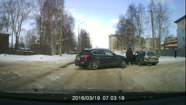 ДТП Авария Архангельск Розинга Бадигина
