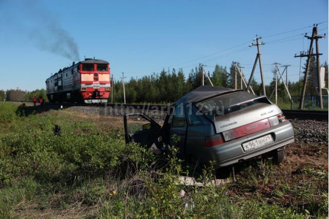 ДТП, Авария, Архангельск, Дачная, под поезд