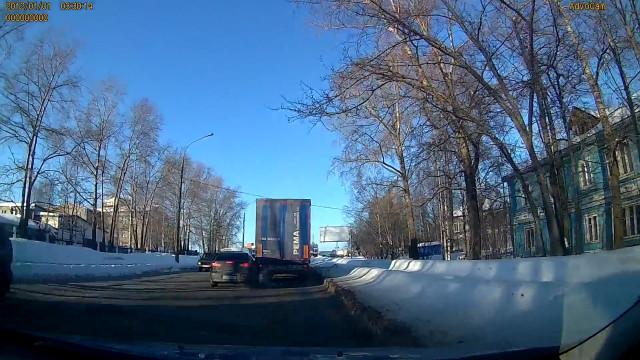 ДТП, Авария, Архангельск, Теснанова, фура