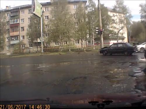 ДТП, Авария. Архангельск, Обводный канал, Попова, занос
