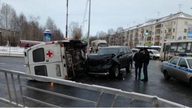 ДТП, Авария, Архангельск, Ломоносова, Гагарина, скорая помощь