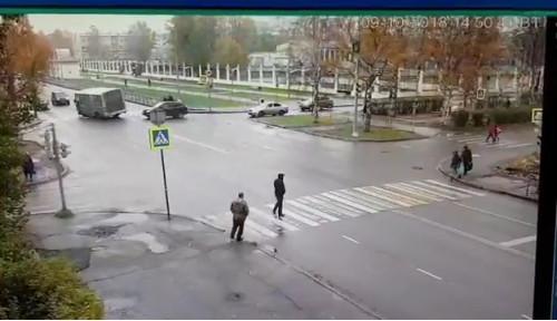 ДТП, Авария, Архангельск, Троицкий, Логинова, автобус, на встречной полосе
