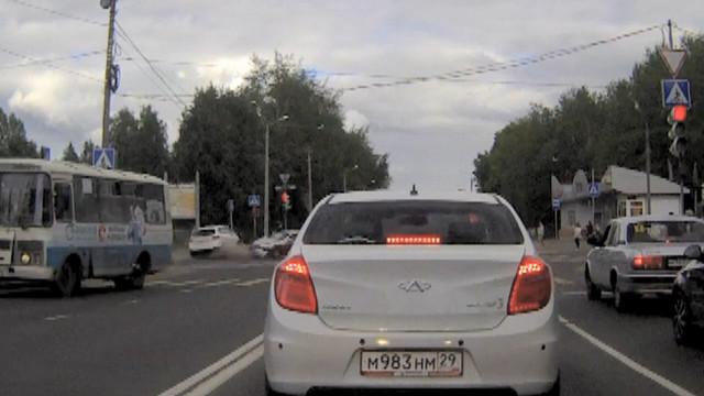 ДТП, Авария, Северодвинск, Ломоносова, Труда, красный свет