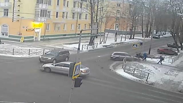 ДТП, Авария, Северодвинск, Лесная, сбил человека