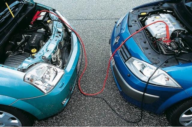 Прикурить севший аккумулятор автомобиль