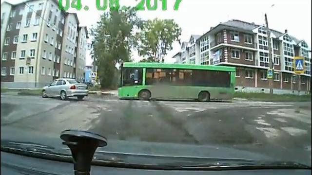 ДТП, Авария, Северодвинск, Полярная, Комсомольская, автобус